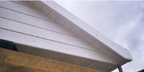 This example shows Jumbo bullnose fascia with fluted Gee-Pee cladding