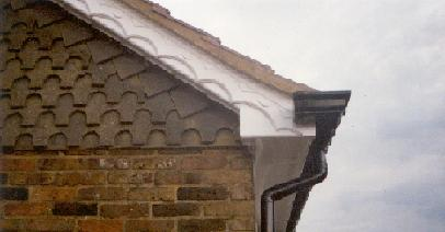 This example shows decorative edging in a concave style, with polo vented soffit board
